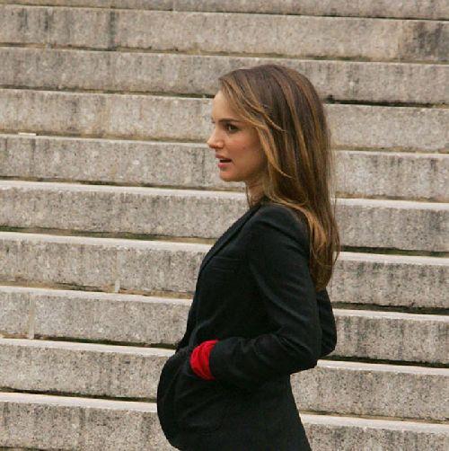 Natalie Portman Is Having A Boy!