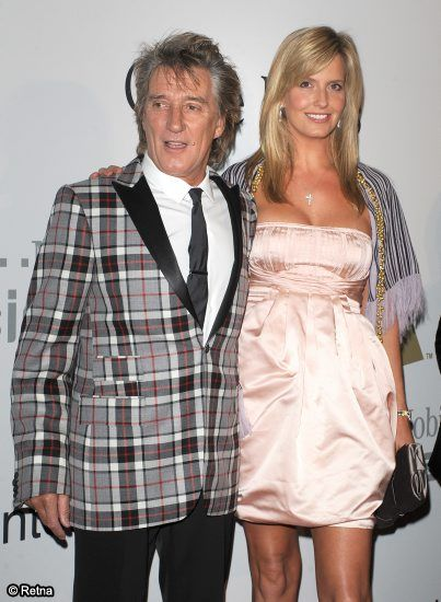 Rod Stewart Welcomes His Seventh Child!