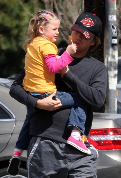 Larry Birkhead and Daughter Dannielynn Running Errands