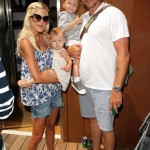 Tori Spelling In Paparazzi Car Accident While Pregnant