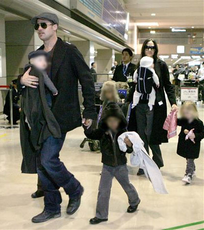 Angelina Jolie And Brad Pitt Raise Their Kids On a Strict Budget - $10,000,000 A Year!