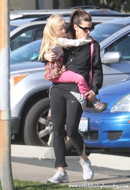 Jesse James Rats Out Sandra Bullock - Claims Sandra Shuns His Daughter