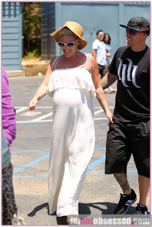 Pink Enjoys Lunch with Husband
