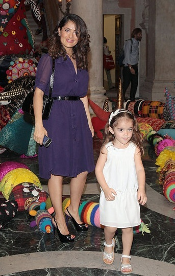 Salma Hayek & Her Adorable Daughter In Venice