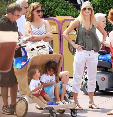 Elin Nordegren Takes Children to Disney World