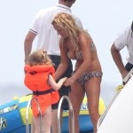 Geri Halliwell With Her Daughter in the South of France