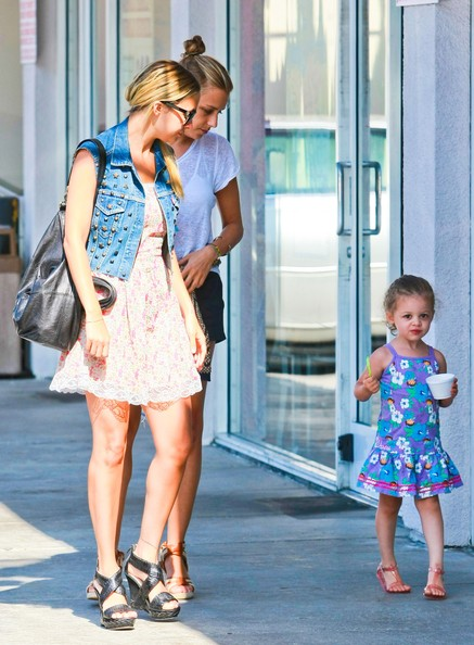 Nicole Richie and daughter Harlow at Ice Cream Plus in West Hollywood.