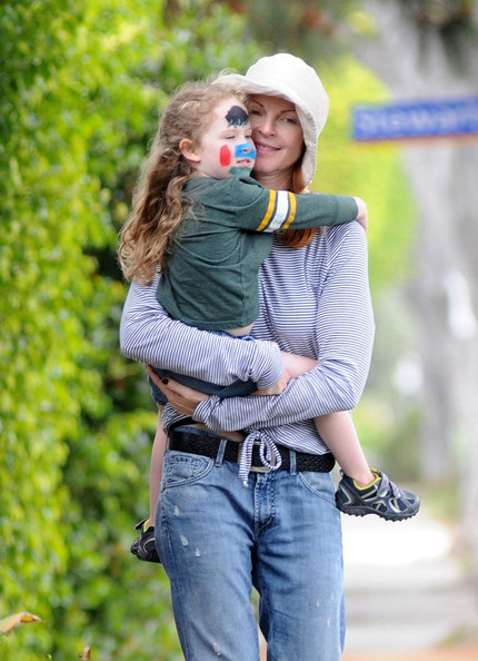 "Marcia Cross Looks Like the Perfect ""Soccer Mom"""