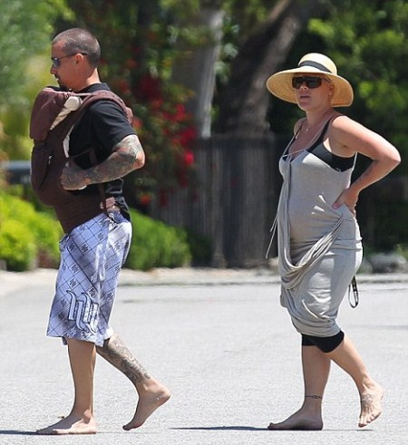 Pink and Carey Hart Barefoot Parents