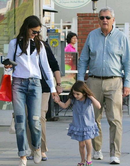 Katie Holmes With Her Parents and Suri