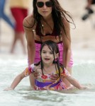 Katie Holmes and Suri Cruise in Miami