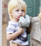 Naomi Watts and Son Kai