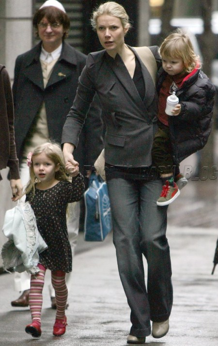 Gwyneth Paltrow With Her Children
