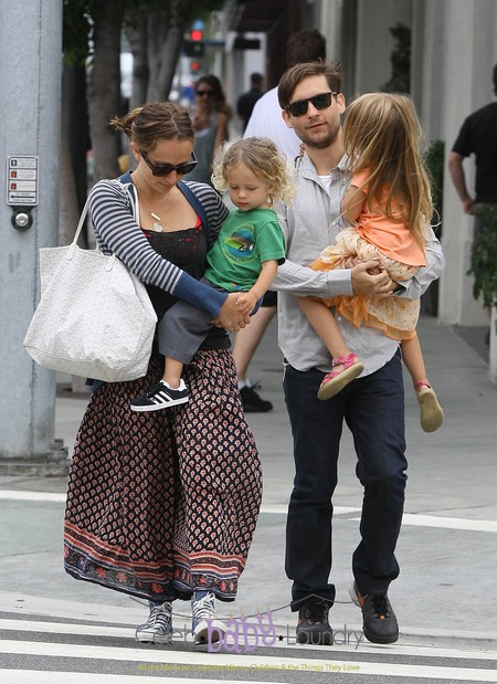 Tobey Maguire Spends The Day With His Family