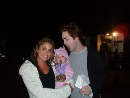 Robert Pattinson Bites a 3 month old Baby
