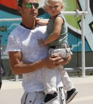 Gavin Rossdale and his kids Kingston and Zuma visit a street art gallery in downtown Los Angeles