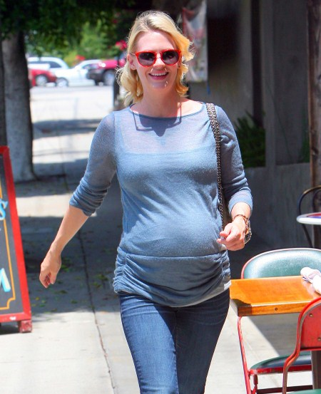 January Jones, headed to Little Dom's Restaurant to grab a bite to eat in Los Feliz, Lon Angles,