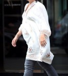 Lily Allen Shows Off Her Bump - Pregnant