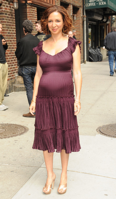 Maya Rudolph gives birth