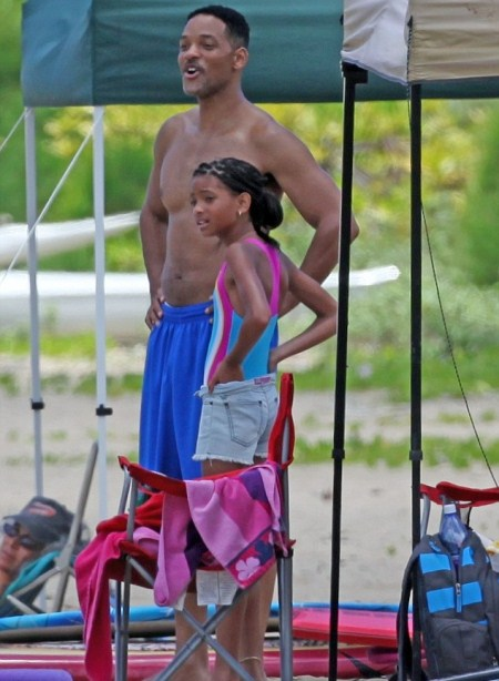 Will Smith Vacations in Hawaii With Jayden and Willow