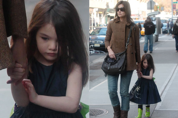 Why Doesn't Suri Cruise Wear a Coat in Winter?