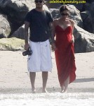 Victoria Beckham Pregnant on the Beach With David Beckham and Children - July 4th