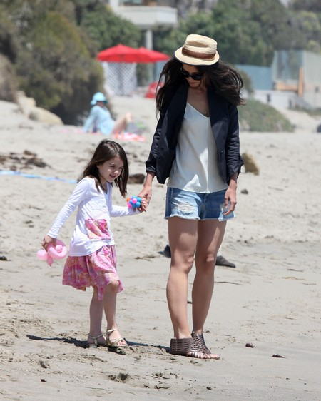 Katie Holmes Buys Outfits For Suri She Can Wear When She is 20