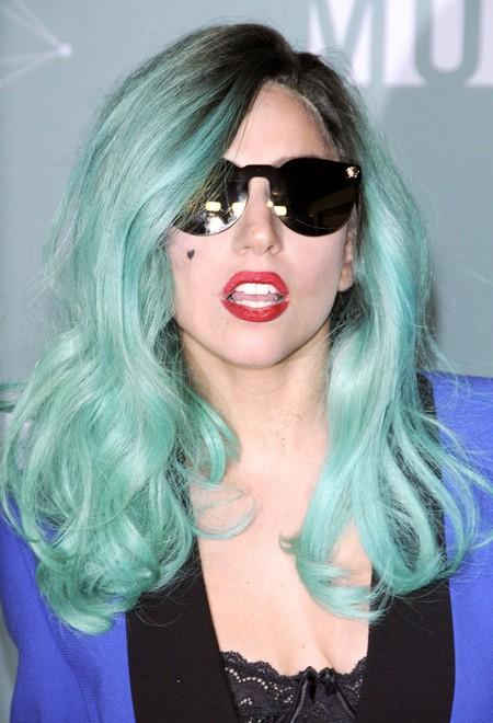 Lady Gaga Plans To Adopt!
