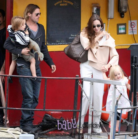 Angelina Jolie and Brad Pitt Spend the Day with Their Twins - Photos