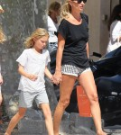 Kate Moss And Lila Shop In St. Tropez