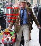 Rod Stewart Is A Good Daddy!