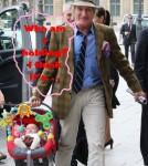 Rod Stewart Is A Good Daddy!