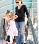 Actress Jennifer Garner takes her daughter Violet to her ballet class