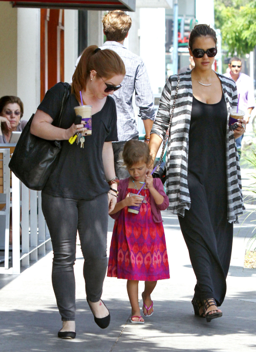 Jessica Alba, Honor Warren, And Nanny Get Coffee