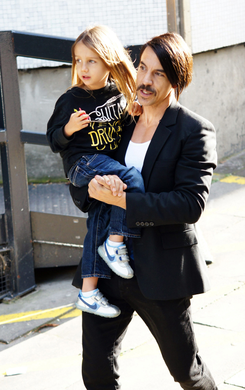Anthony Kiedis And Son Stroll Through London