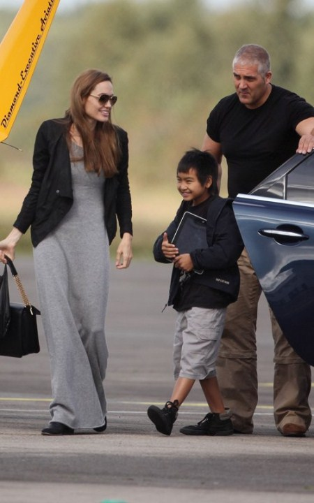 Angelina Jolie Flies Maddox Around London