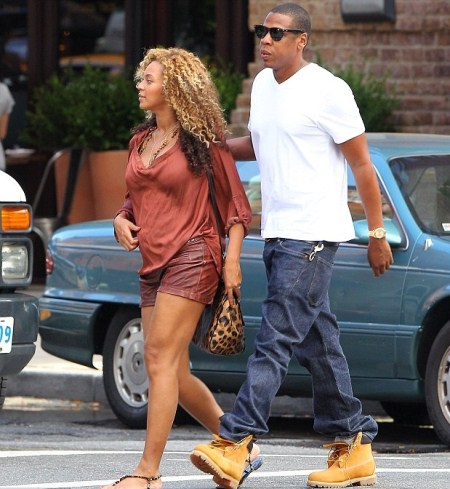 Pregnant Beyonce and Jay-Z as they go for a walk in NYC's Tribeca neighborhood on Saturday (September 10).