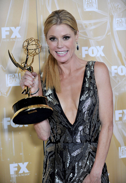 Julie Bowen at the 2011 Emmy's