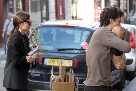 Miranda Kerr and Orlando Bloom Out in Paris With Flynn September 29, 2011