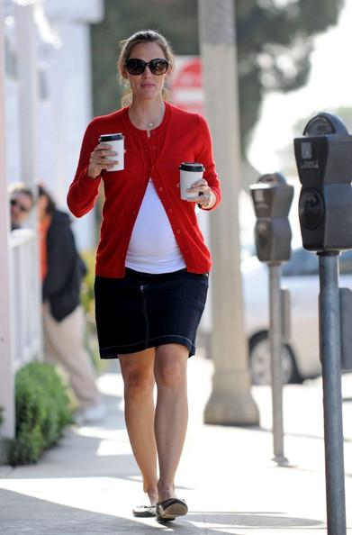Jennifer Garner's Bump Pops