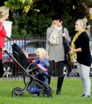 Gwen Stefani, her two boys Kingston and Zuma and a few friends take a walk through Primrose Hill