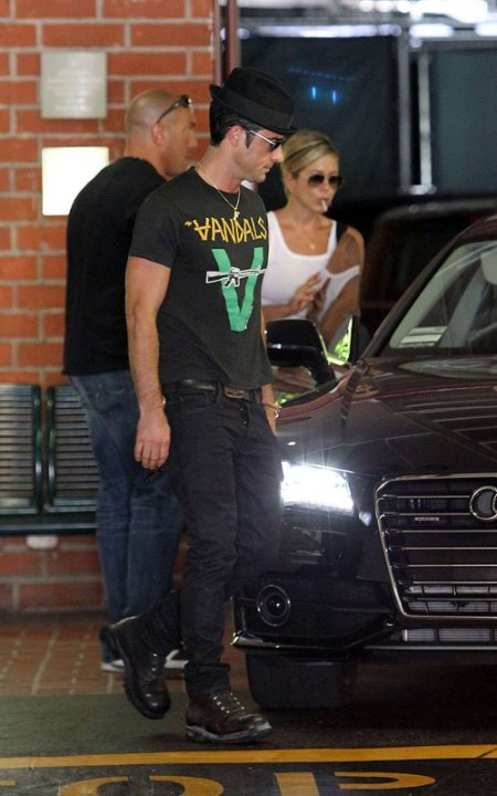 Is Jennifer Aniston Pregnant?: Jennifer Aniston Attends a Doctor's Appointment With boyfriend Justin Theoroux