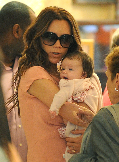 Victoria Beckham Shopping With Harper AGAIN