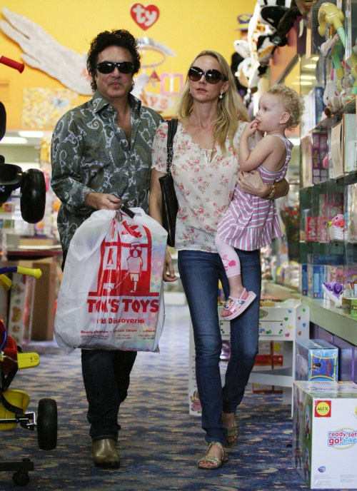 Paul Stanley Goes To A Toy Store With Family