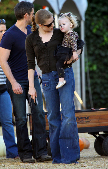 Amy Adams goes to a pumpkin patch in Beverly Hills with her boyfriend Darren Le Gallo and their daughter Aviana