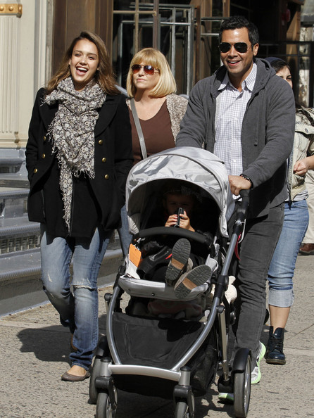 Cute Family Time: Warren-Alba Family In NYC