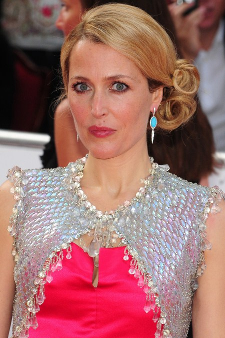 Gillian Anderson Not Bossy With Kids