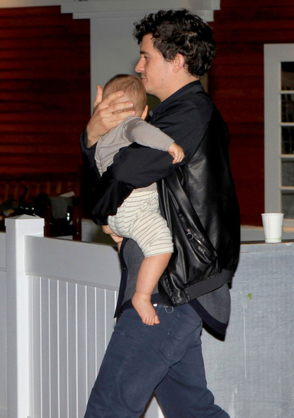Orlando Bloom and His Son Flynn in NYC (October 20, 2011)