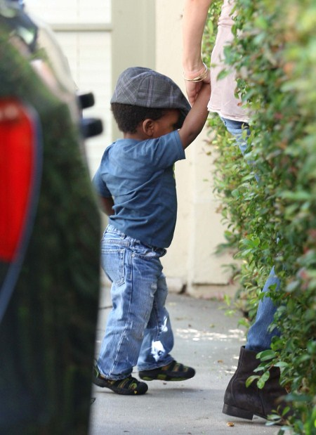 Sandra Bullock and son Louis visited a friend in Los Feliz, CA on October 1st, 2011.