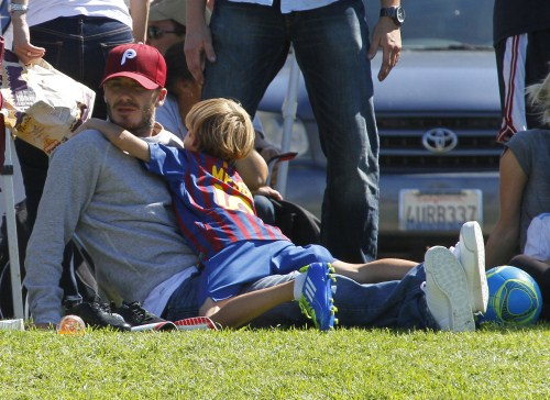 Cute Daddy Alert: David Beckham Cheers On His Sons